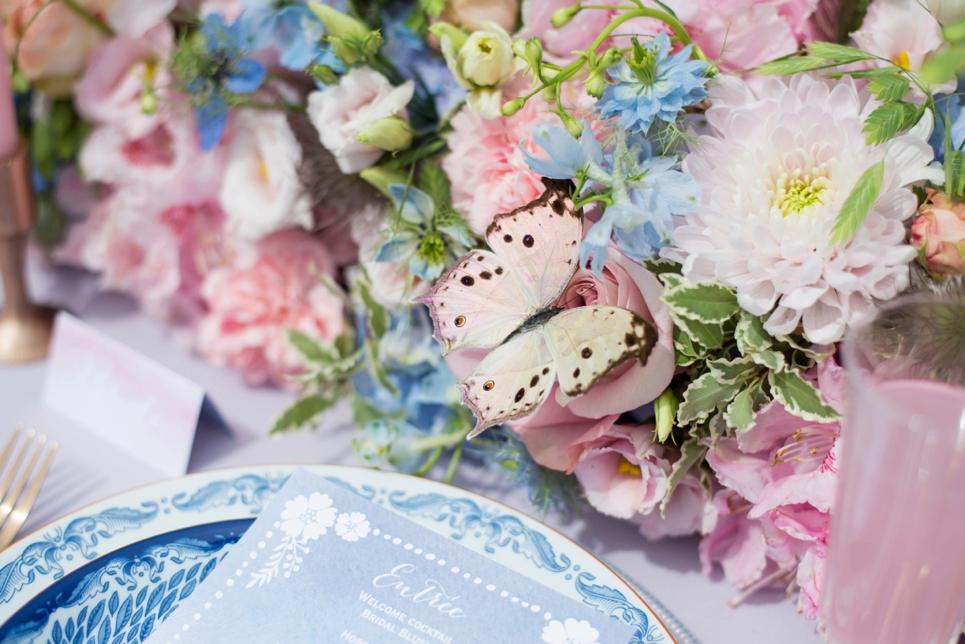 serenity-blue-rosequartz-wedding-inspiration