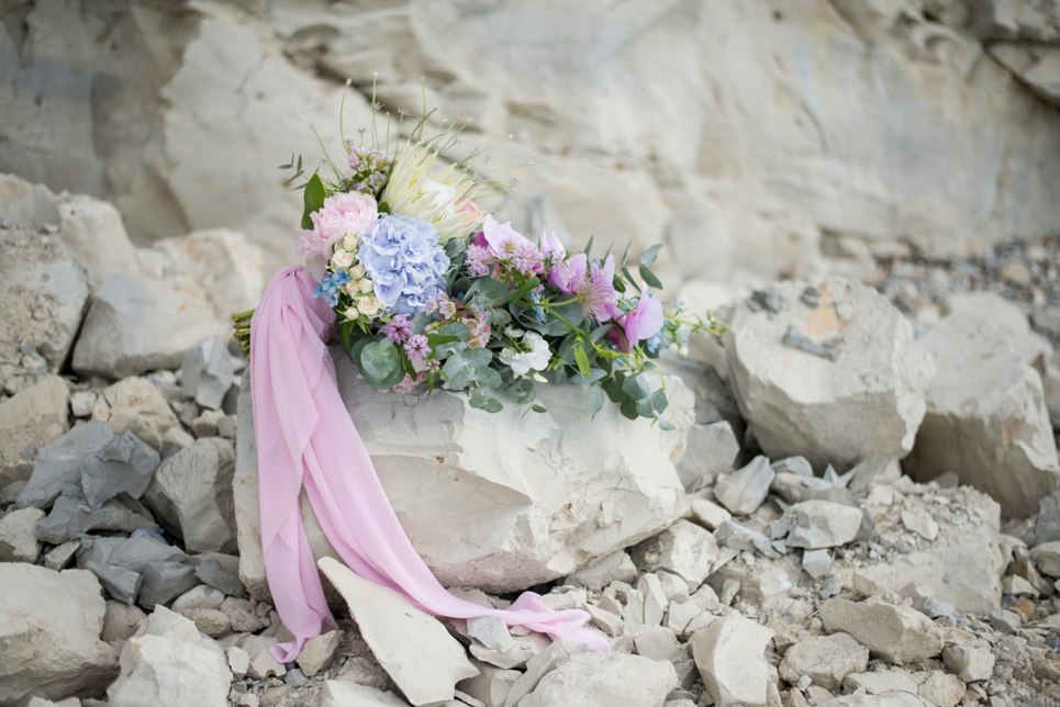 serenity-blue-rose-quartz-bridal-bouquet-inspiration