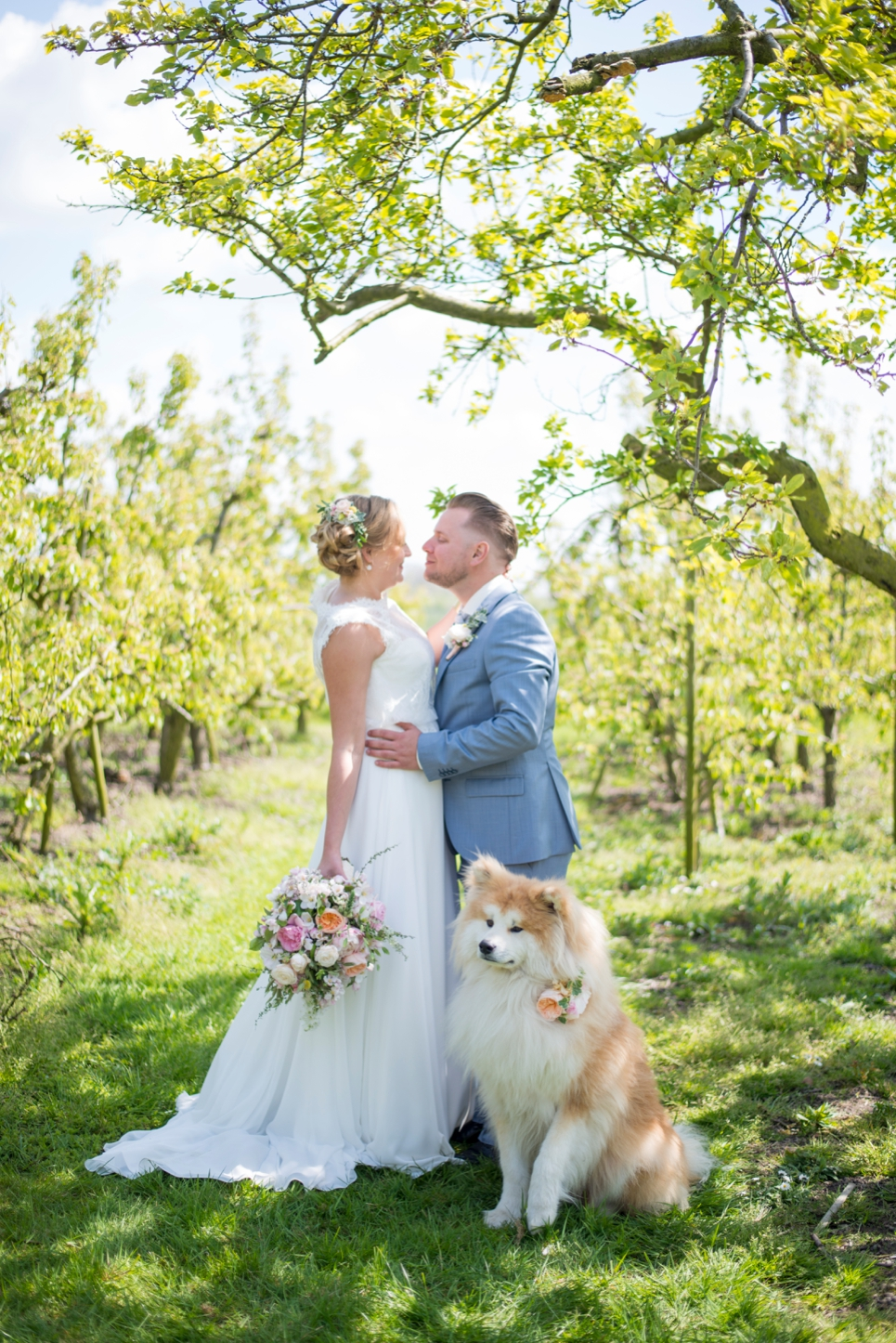bloesem-fotoshoot-bruidspaar-betuwe