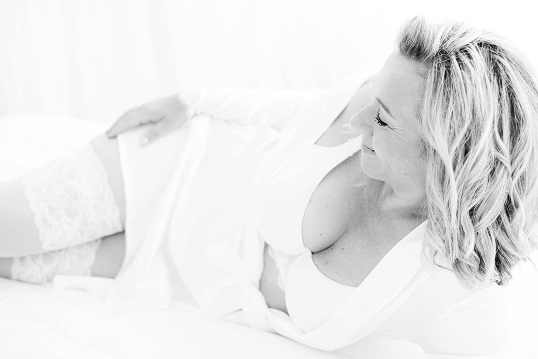 romantische-boudoir-fotoshoot-tijdloos-naturel-breda