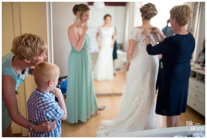 04-aankleden-bruid-voorbereidingen