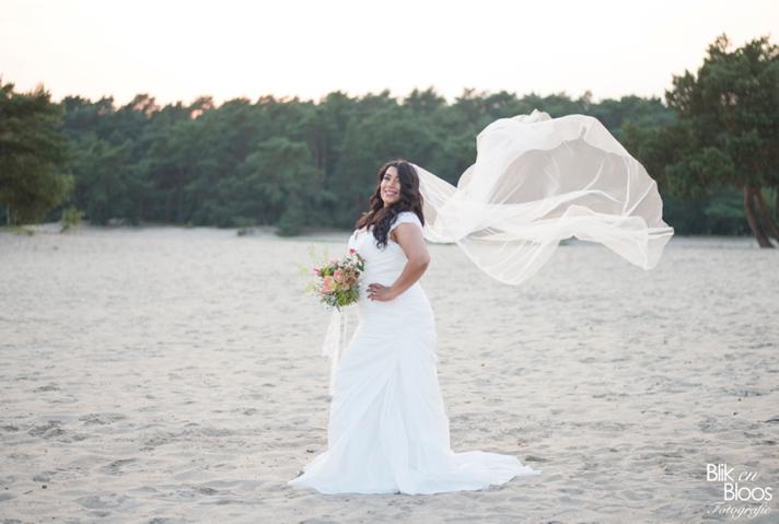 curvy-bruid-sluier-fotoshoot