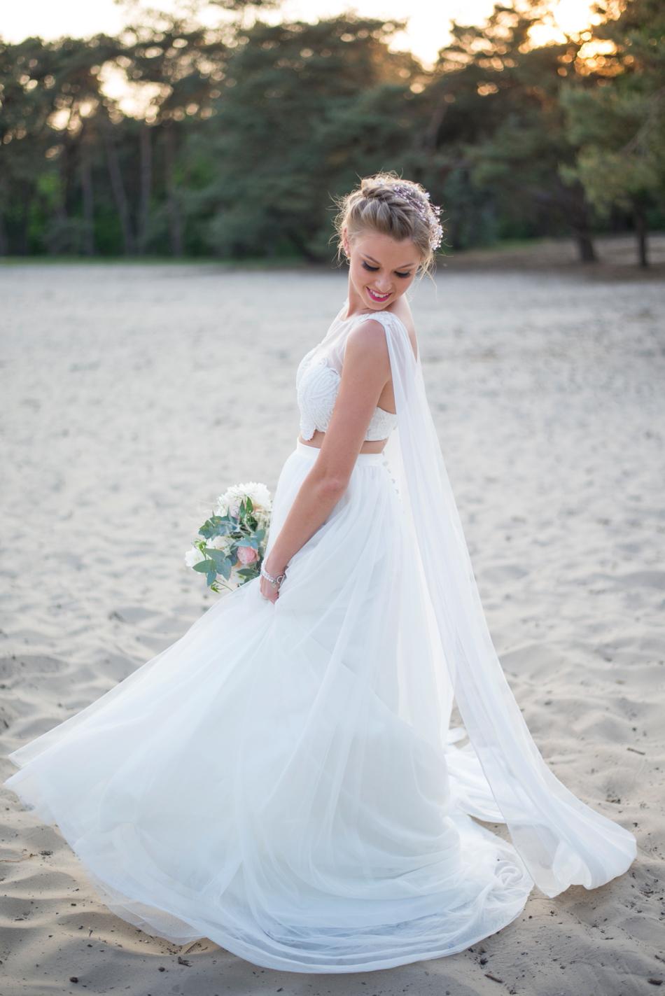 prachtige-bruid-foto-locatie-brabant-zandverstuiving