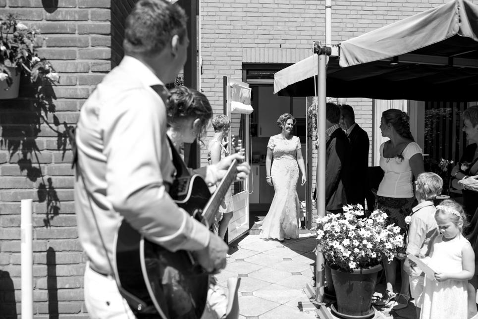 first-look-met-familie-bruiloft