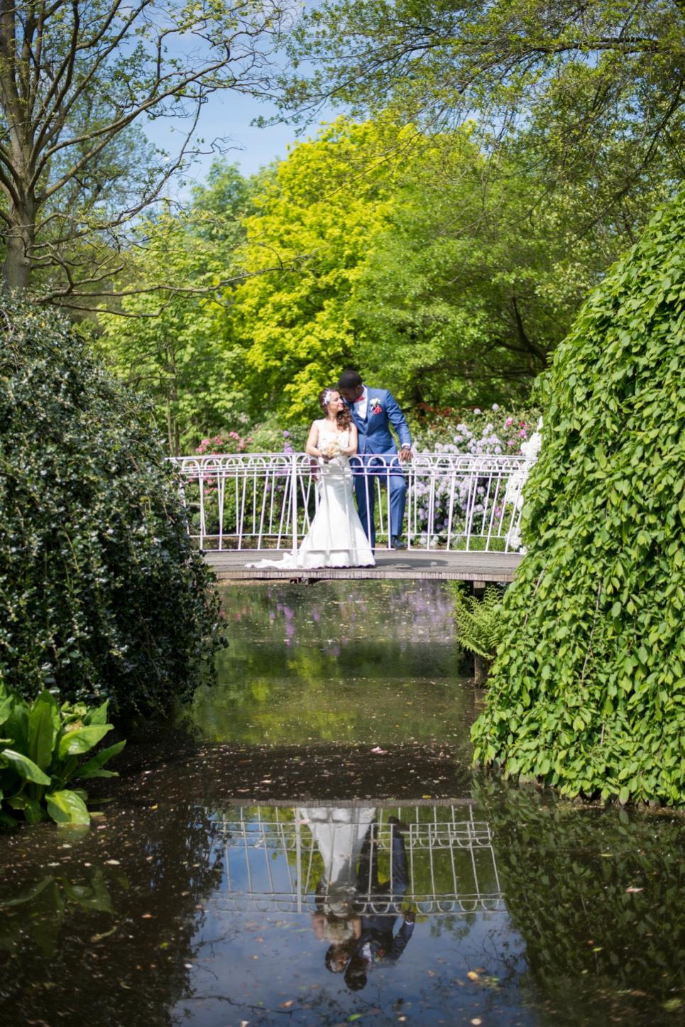 13-bruiloft-reportage-arboretum-rotterdam-bruggetje
