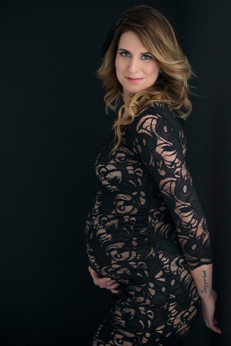 portret-zwanger-glamour-fotoshoot-breda-fotostudio