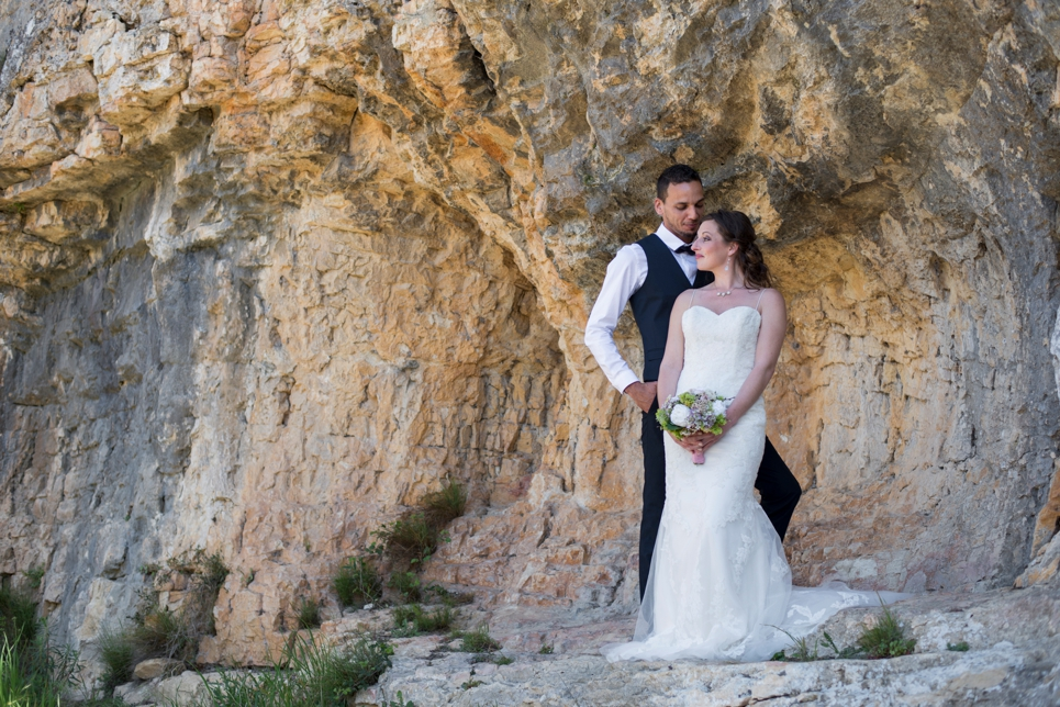 bruidsfotograaf-frankrijk-ardeche-bergwand-fotoshoot-cascade-de-sautadet