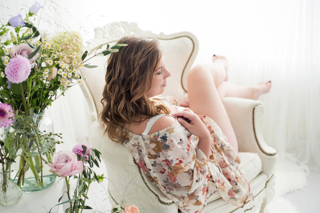 ontspannen-boudoir-fotoshoot-fotostudio-breda