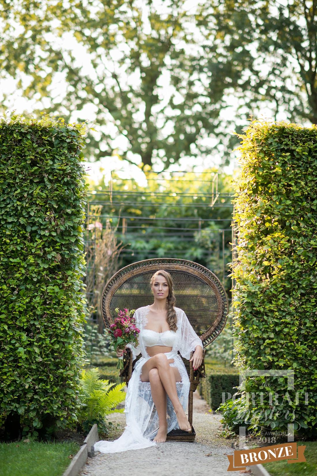 portret-fotografie-award-outdoor-boudoir-fotoshoot-buiten-breda