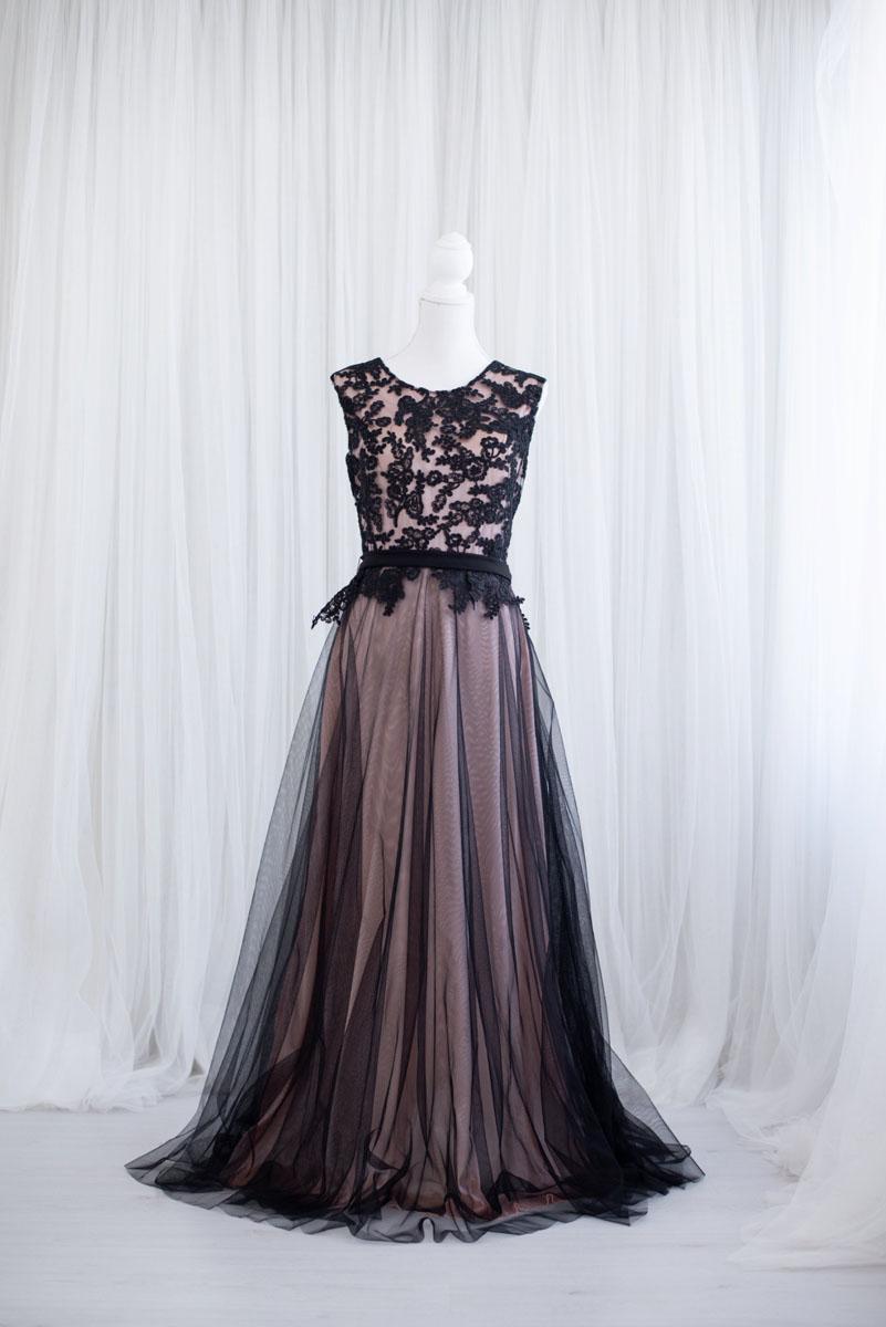Klassieke jurk uit de collectie van Blik en Bloos Fotografie - Maud