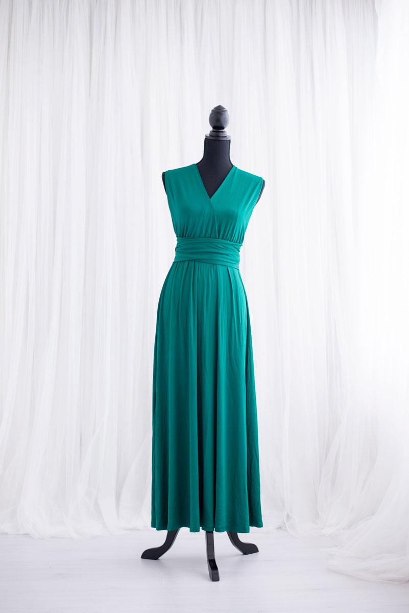 Donkergroene overslag jurk uit de collectie van Blik en Bloos Fotografie - Eef