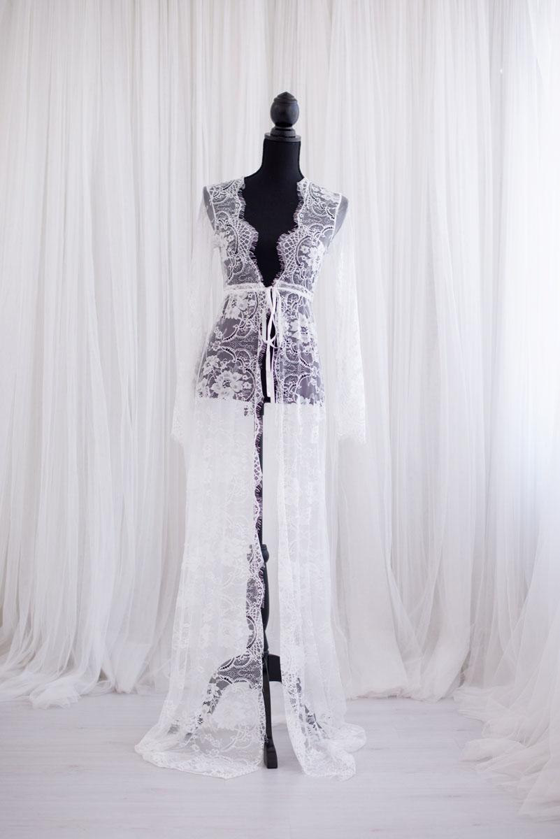 Kanten kimono uit de collectie van Blik en Bloos Fotografie - Roos