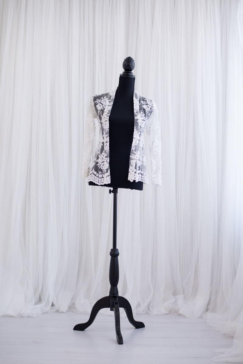 Kanten jasje uit de collectie van Blik en Bloos Fotografie - Veerle
