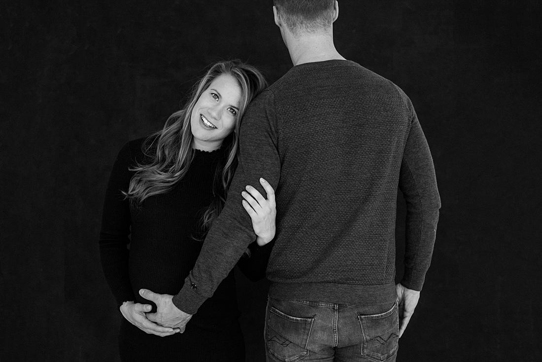 zwangerschapsshoot-met-partner-breda