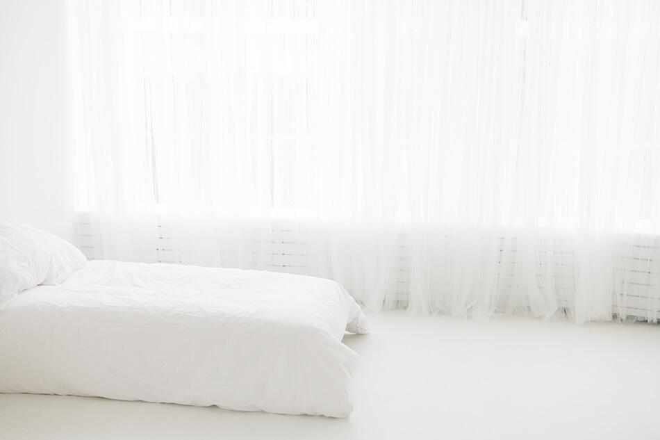 Daglicht studio met uitklapbare bank/bed